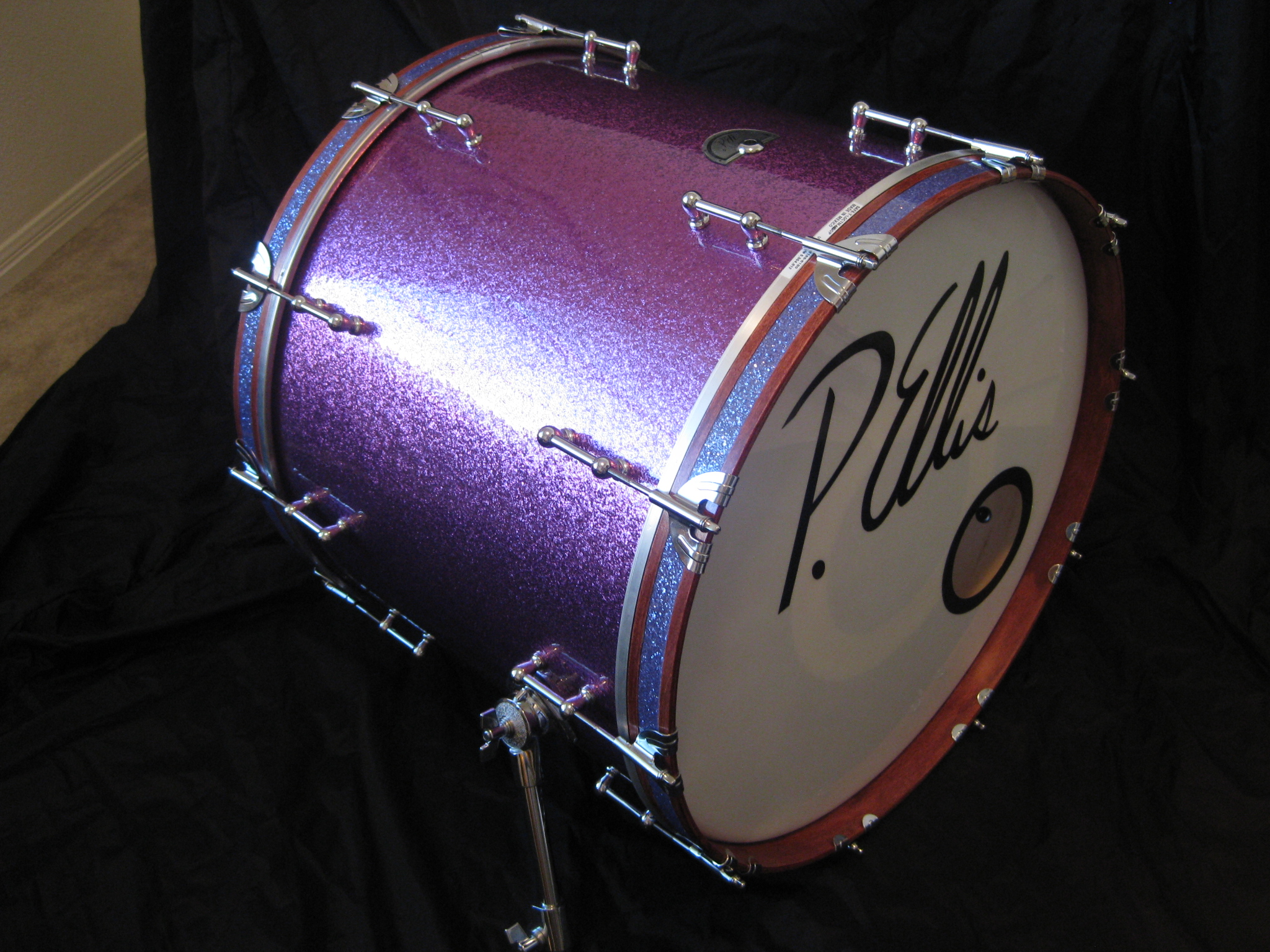 Purple sparkle kick with hoop inlay